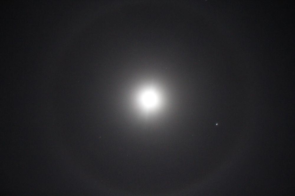 月暈 - つきかさ -_c0222907_10454956.jpg