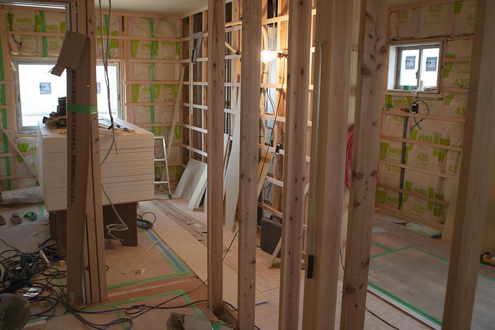 高台の住宅地に建てる木造の家〜その4〜_a0163962_8401916.jpg