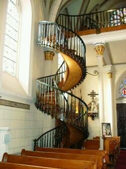 ロレット教会の螺旋階段