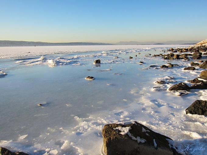 凍った海の上の散歩_a0086828_039725.jpg