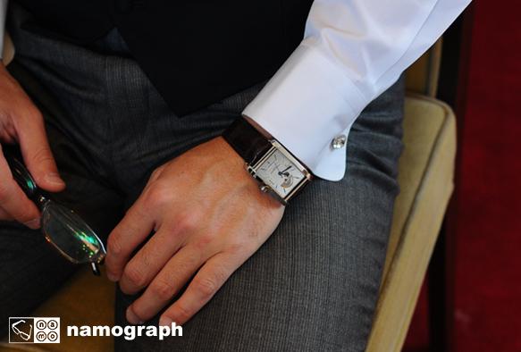 結婚式まで あと 1時間39分27秒_a0165860_19591122.jpg