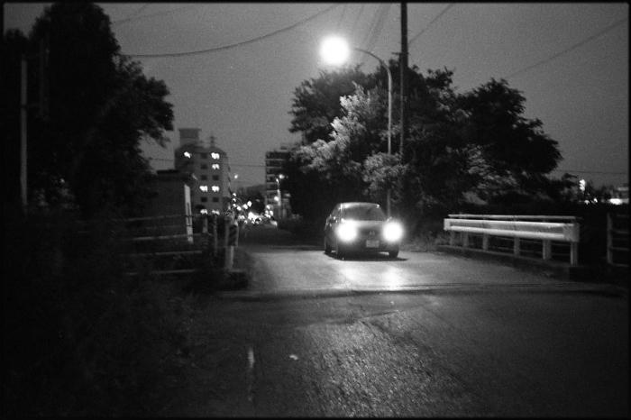 小さな橋_a0281778_2240098.jpg