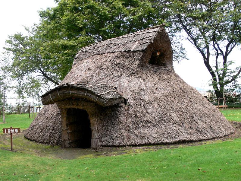 竪穴式住居 - Dugout (shelter)