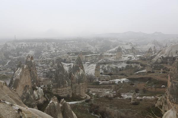 トルコ旅行  カッパドキア 妖精の煙突_e0154202_9343830.jpg