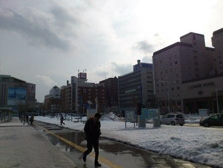函館駅へ_b0106766_1644457.jpg