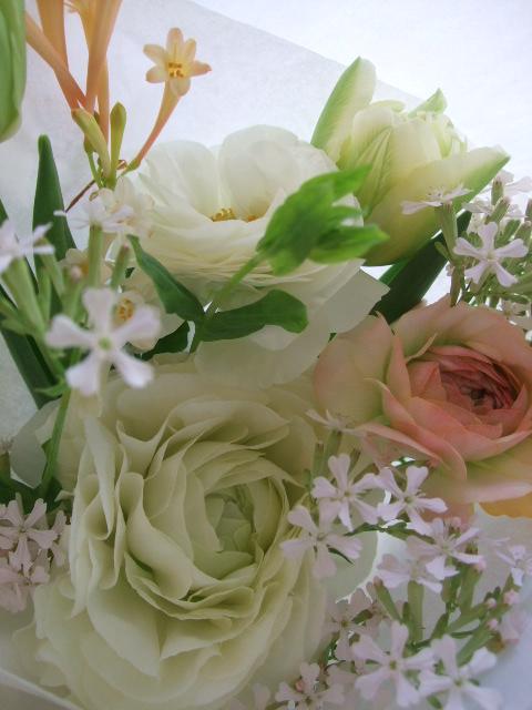 オークリーフ(ラナンキュラスの花束)_f0049672_1718685.jpg