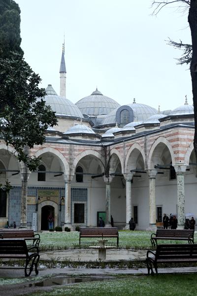 トルコ旅行  イスタンブール トプカプ宮殿_e0154202_2344992.jpg