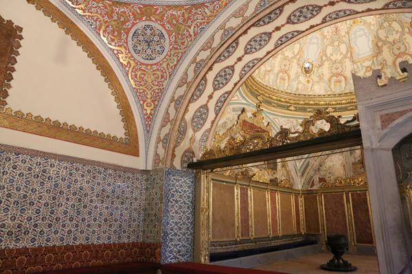 トルコ旅行  イスタンブール トプカプ宮殿_e0154202_2353248.jpg