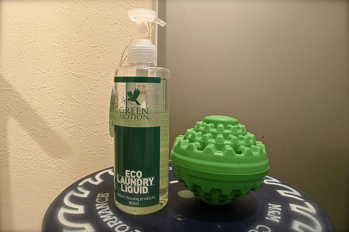 ECO WASH BALL & ECO LOUNDRY LIQUID_f0010106_232117100.jpg