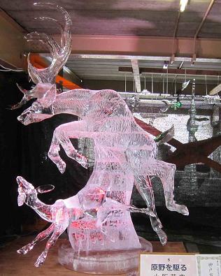氷の彫刻_b0177436_21145953.jpg