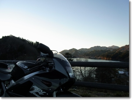 こんなに天気がいい日は寒くてもバイク!_c0147448_19342330.jpg