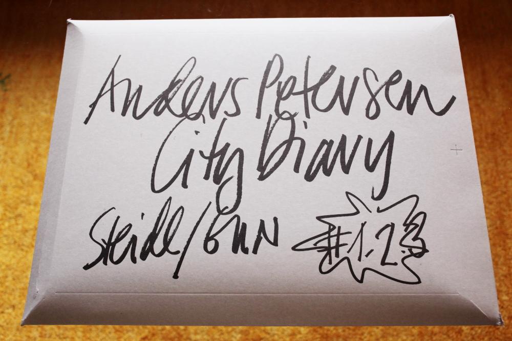 Anders Petersen 「City Diary」_c0016177_19525457.jpg