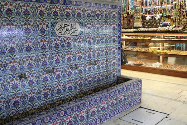 トルコ旅行  イスタンブール ブルーモスク_e0154202_0305786.jpg