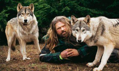 オオカミの群れと暮らす_d0290407_11464375.jpg