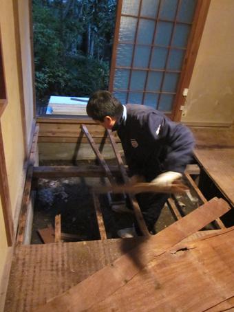 ある鎌倉の小さな家の小さなリフォーム その2_c0195909_1122359.jpg