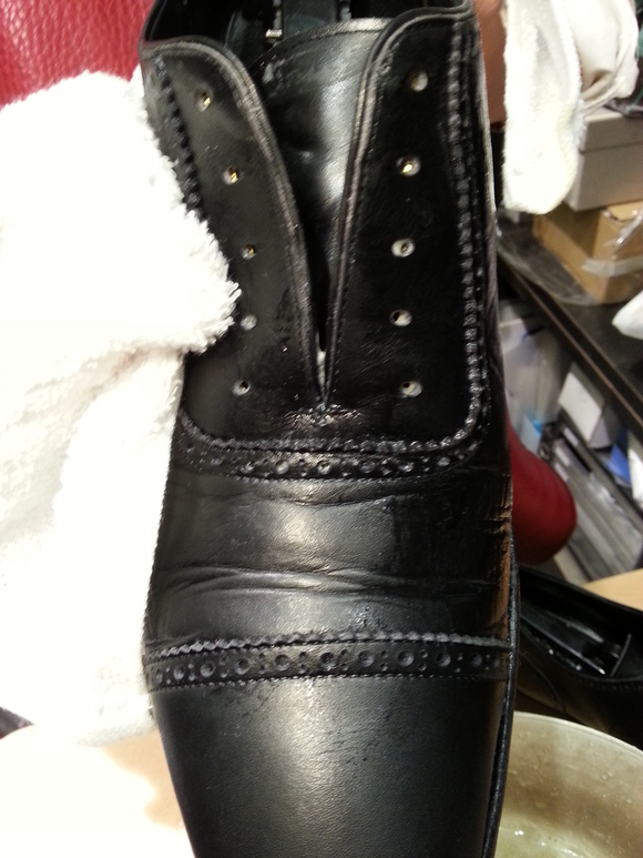 冬こそ革靴のクリーニングを_b0226322_13323235.jpg