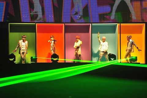 B1A4  日本1stコンサート、1万人のファンの熱い声援を受けスタート_e0197970_1616039.jpg