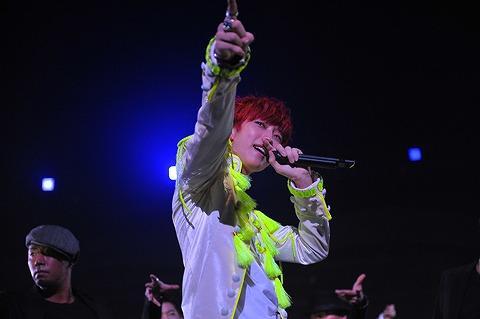 B1A4  日本1stコンサート、1万人のファンの熱い声援を受けスタート_e0197970_16162916.jpg