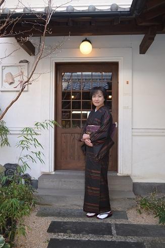 大島紬に文字遊びの袋帯を締めて _d0230676_14554051.jpg