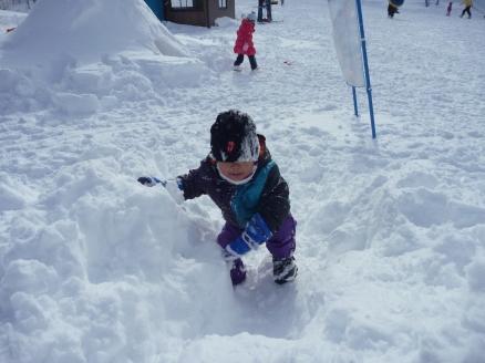 雪遊び_c0023278_16525341.jpg