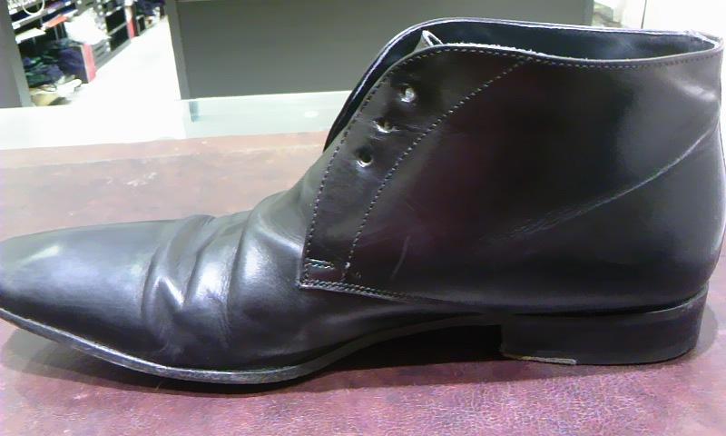 見えない部分も靴の一部!_b0226322_19154061.jpg