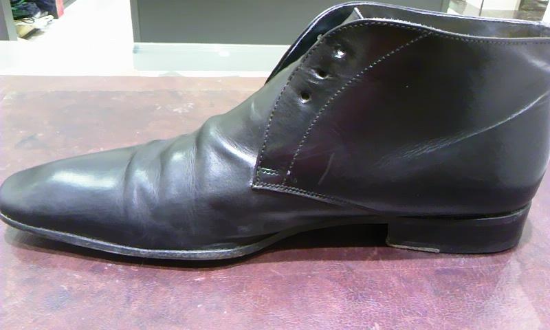 見えない部分も靴の一部!_b0226322_19175561.jpg