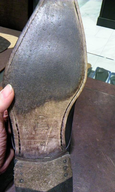 見えない部分も靴の一部!_b0226322_19235093.jpg