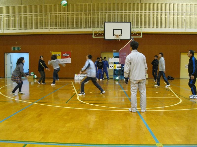 ビーチボール体験会を行いました!_d0010630_1042933.jpg
