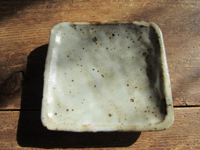 薪窯の豆角皿。_b0207631_819040.jpg