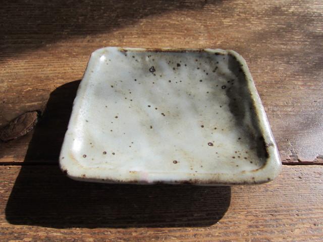 薪窯の豆角皿。_b0207631_826769.jpg