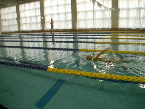 進級チャレンジ!!背泳ぎ!!_b0286596_19253759.jpg
