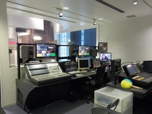日産グローバル・メディア・センターを訪問_e0123104_7111995.jpg