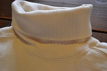 TURTLE NECK SWEAT SHIRTS_d0160378_21355679.jpg