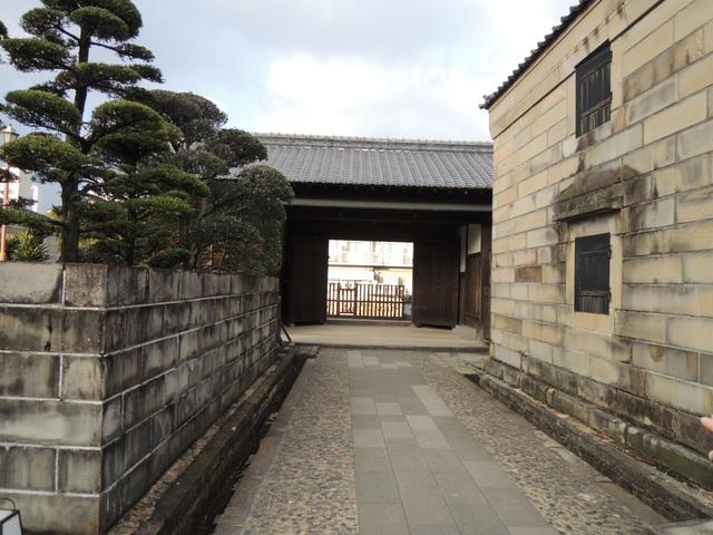 長崎県美術館と出島_c0213220_2123630.jpg