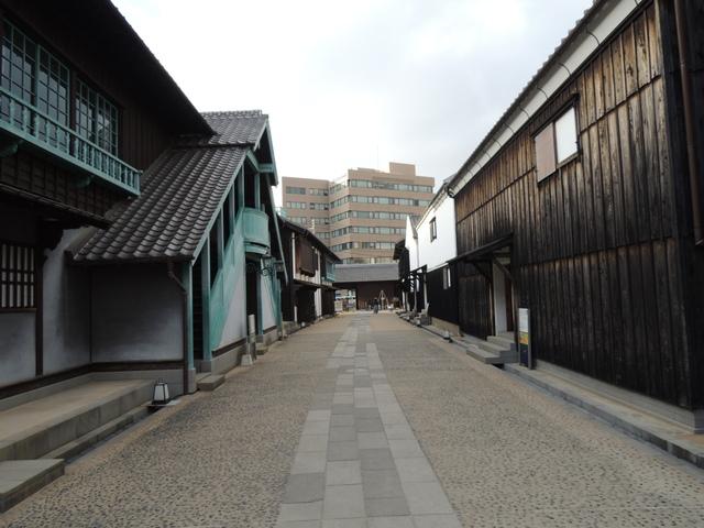 長崎県美術館と出島_c0213220_2145292.jpg