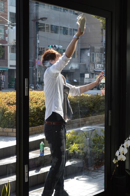 窓ふき_e0309150_1765823.jpg