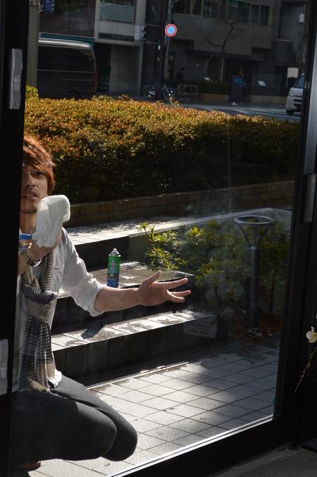 窓ふき_e0309150_1772790.jpg