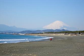 茅ヶ崎の海岸へ_b0011075_14554437.jpg