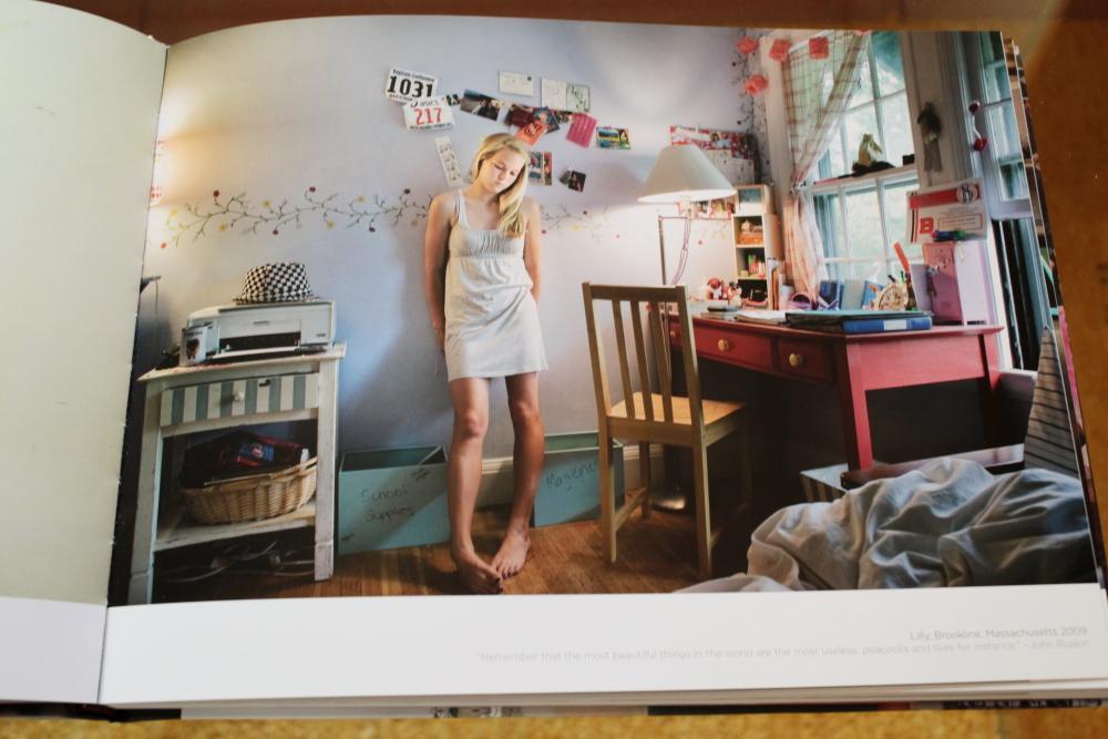 Rania Matar 「A Girl and her Room」_c0016177_16271075.jpg