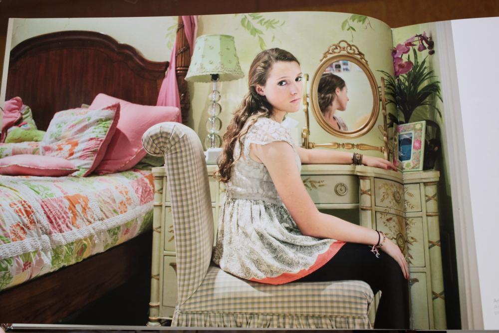 Rania Matar 「A Girl and her Room」_c0016177_16272175.jpg