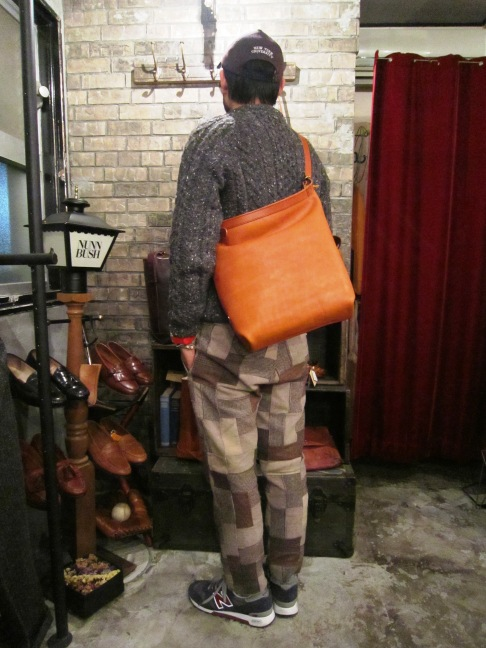 "SLOW \""bono (Wrap Shoulder Bag)\"" ご紹介_f0191324_1001440.jpg"