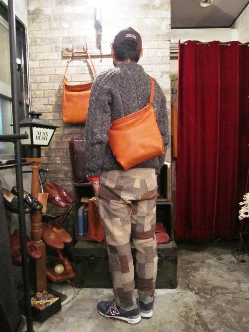 "SLOW \""bono (Wrap Shoulder Bag)\"" ご紹介_f0191324_9594896.jpg"