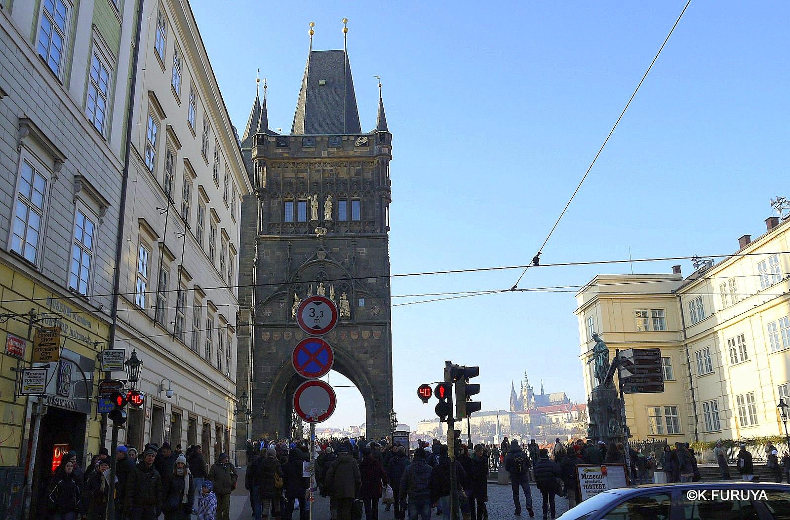 プラハ 8 カレル橋から旧市街へ_a0092659_14471622.jpg