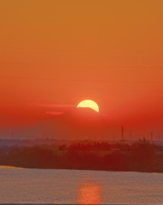 茨城県若草大橋ダイヤモンド富士                      画像をクリックしますと拡大します_a0150260_01845.jpg