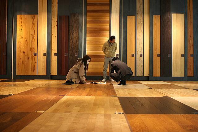 床材の検討_e0145995_8263578.jpg