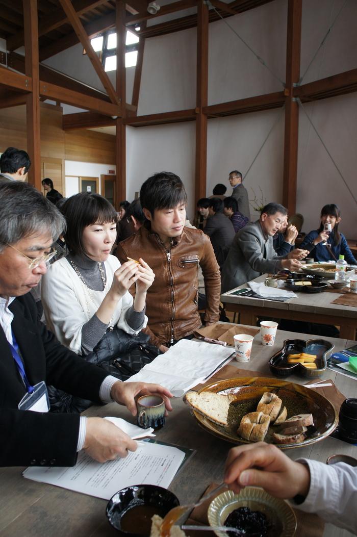 かなくれ食堂「かなくれ会」&「AnT」シンポジウム_e0189939_9375768.jpg