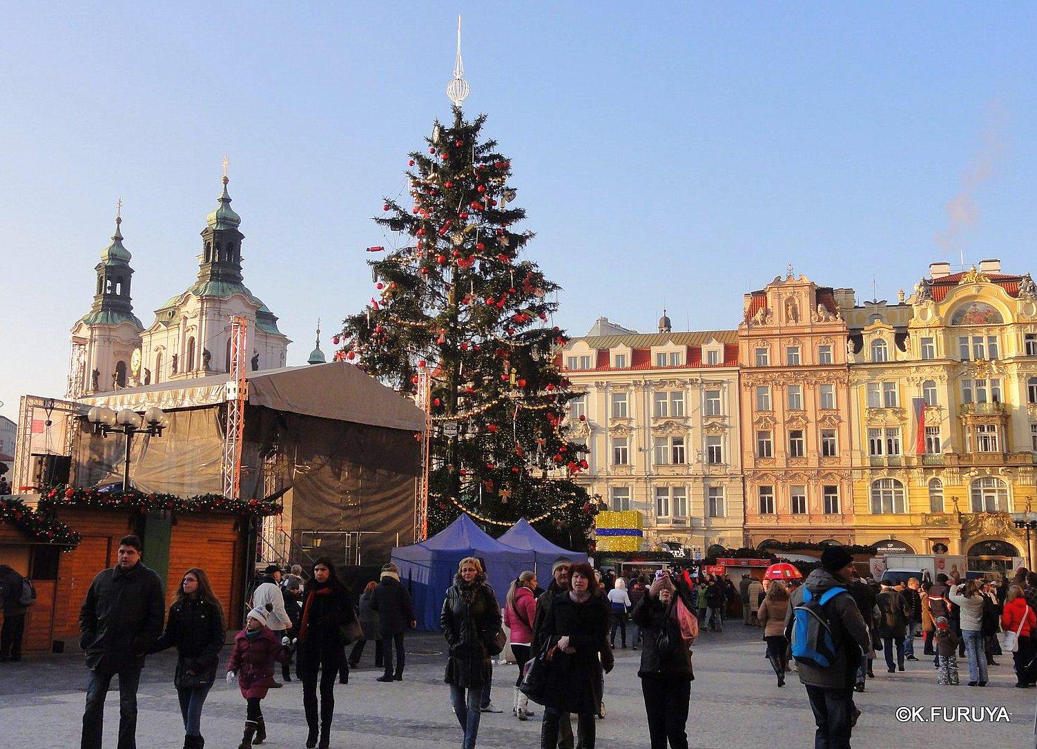 プラハ 9  旧市街広場_a0092659_22341719.jpg