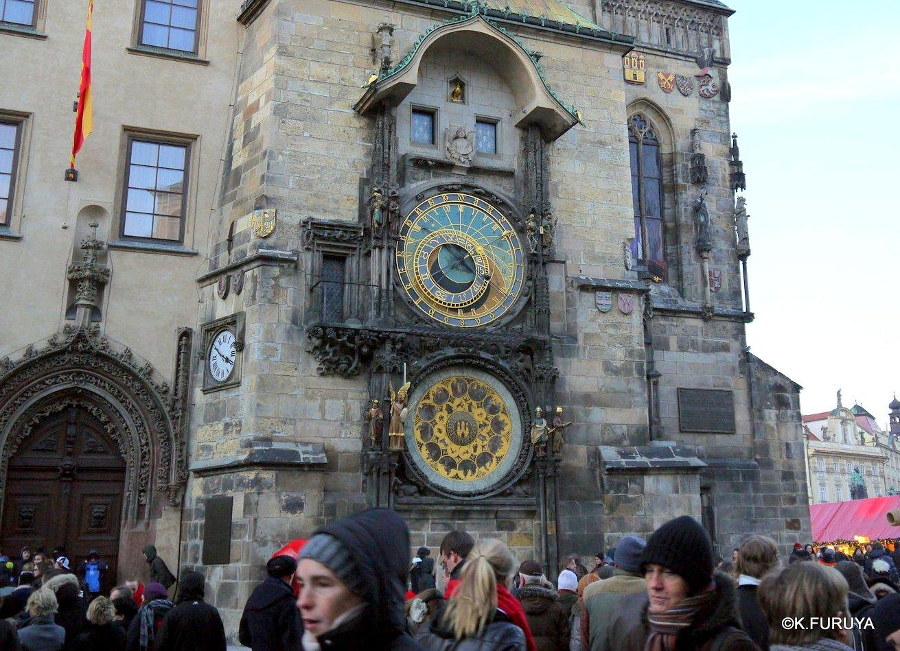 プラハ 9  旧市街広場_a0092659_22401885.jpg