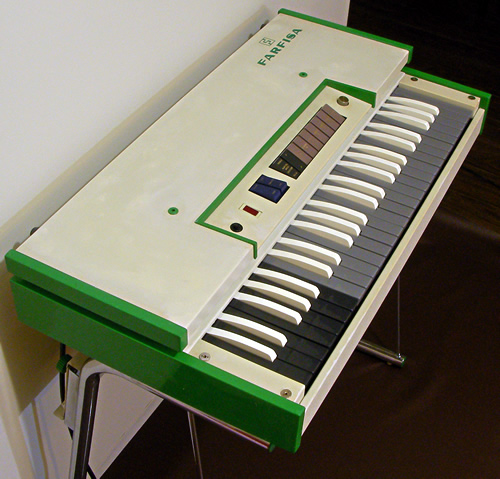 Farfisa FAST3 photo session2_e0045459_20534983.jpg