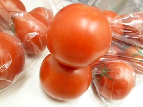 麗トマトと夜須トマト_c0152767_21242163.jpg